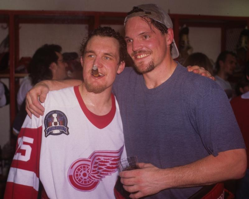 Darren McCarty signing on 5-20-17 at 1pm